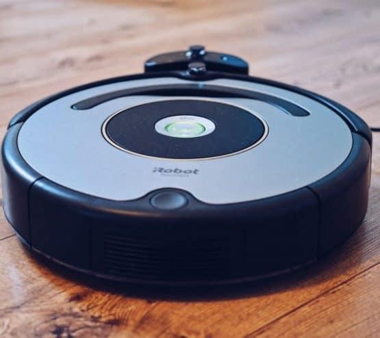 robot vacuum black friday deals